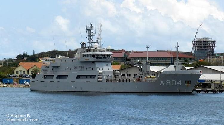 voyaging pelikaan ship delivery TOS