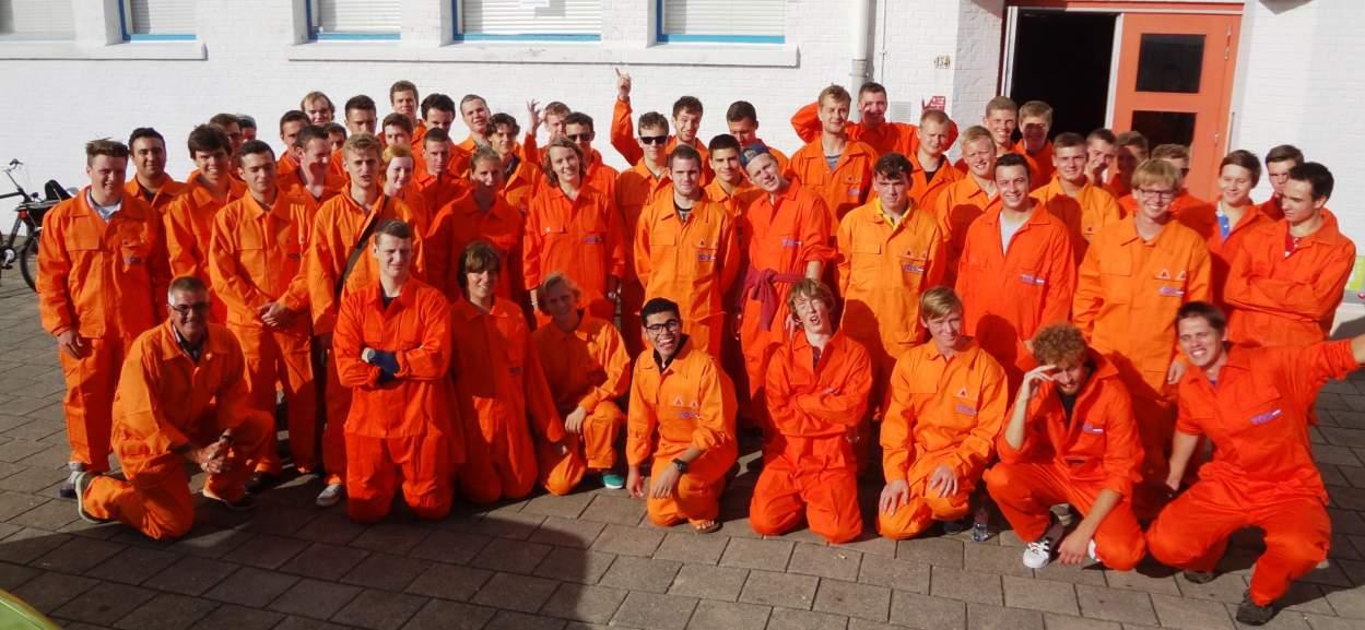TOS sponsors overalls De Ruyter Academy