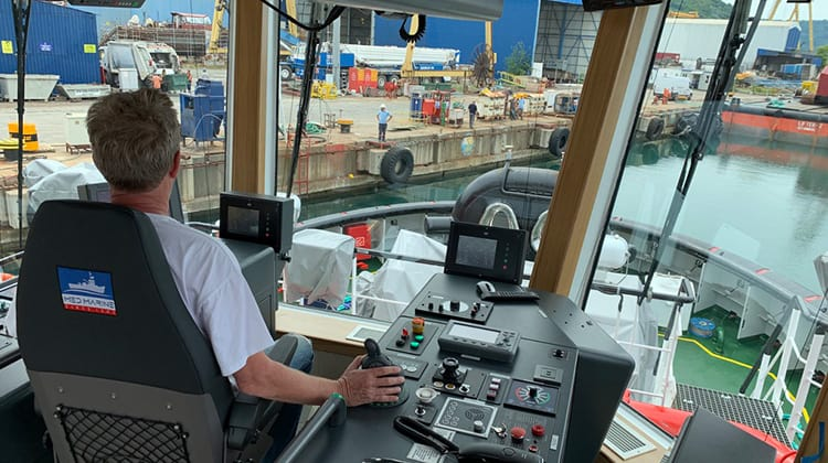 Ship Delivery TOS SAAM ITZA Captain