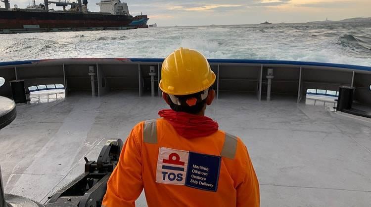 crew Saam Valparaiso Ship Delivery TOS
