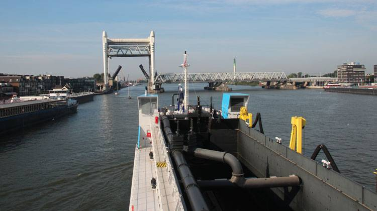 Bridge Dredger Ship Delivery TOS