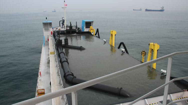 Trial Dredger Ship Delivery TOS